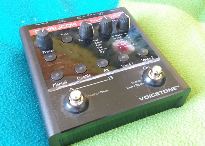 tc helicon-voicetone-harmonyg-xt-vocal--guitar-processor-69082772.jpg