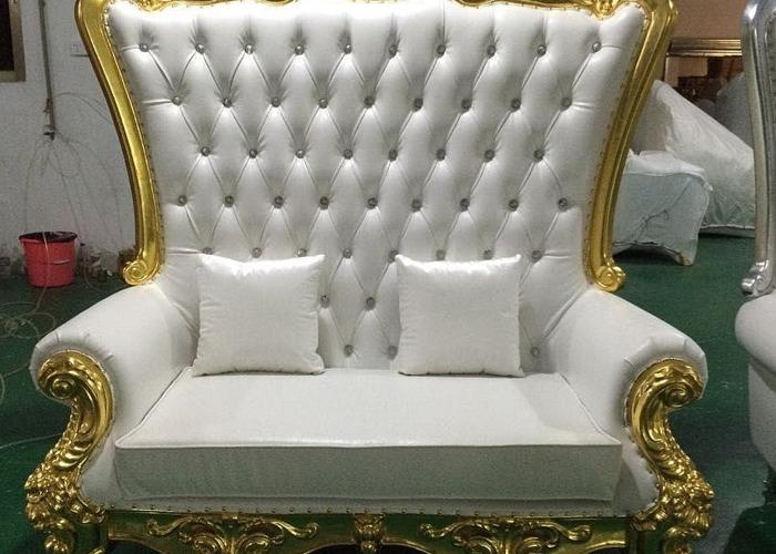 throne chairsround-tableschair-hireled-dancefloors-55621346.jpg