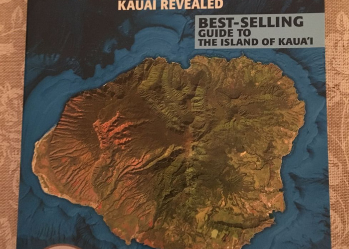 travel book-kauai-hawaii-48943974.JPG