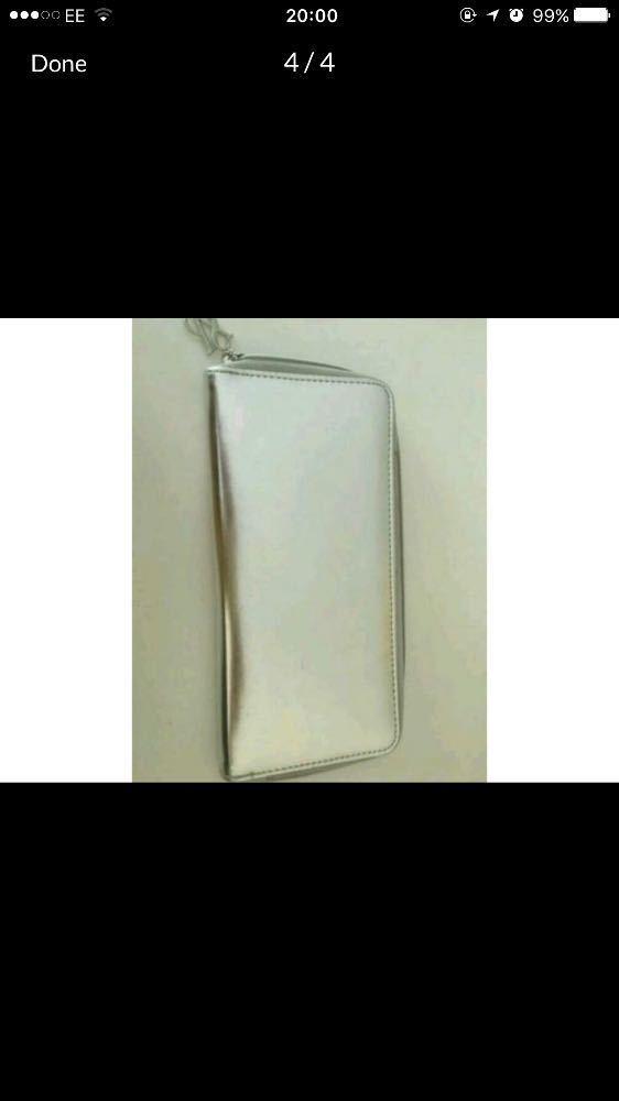 victorias secret-limited-edition-purse-10513635.jpg