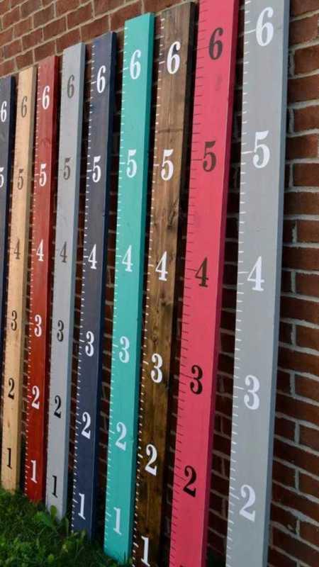 wooden height-chart-59075423.jpg