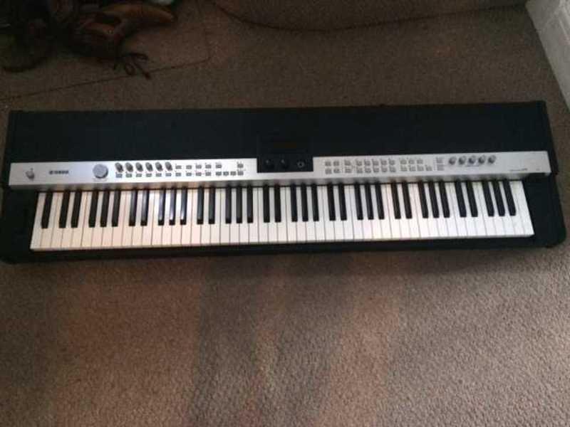 yamaha cp5-keyboard-08574412.jpg