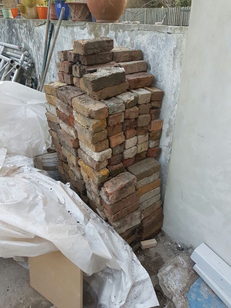 yellow red-stock-bricks-98910385.jpg