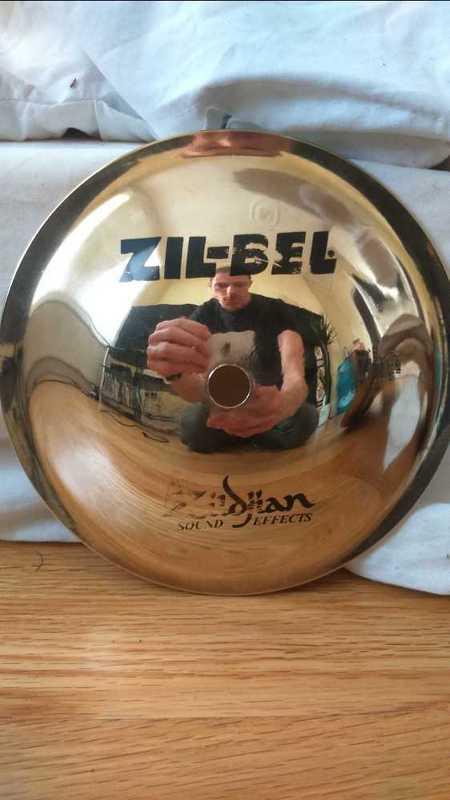 zildjian cymbals-48932084.jpg
